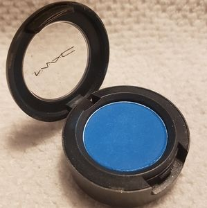 MAC Daring Blue Single Eyeshadow